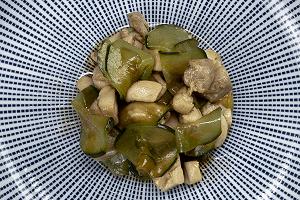 チキンときゅうりのサラダのピリ辛和え