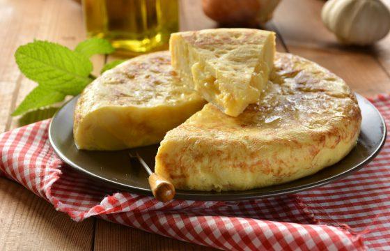簡単!スペイン人が教える完璧なスパニッシュオムレツのレシピ