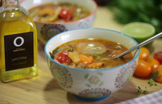 【デトックススープ】オリーブオイルで作る美味しい野菜スープレシピ