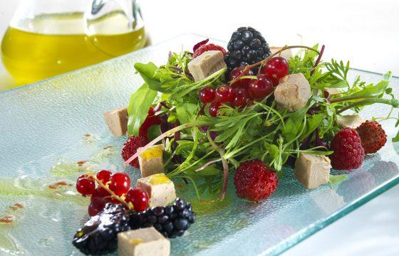【フォアグラレシピ】フォアグラのミクイと森のフルーツのサラダ
