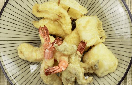 オリーブオイルで天ぷらを作ろう!野菜とエビの天ぷらレシピ