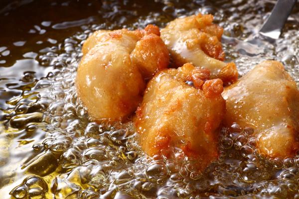 【唐揚げの揚げ方】オリーブオイルで上手に揚げる9つのコツ