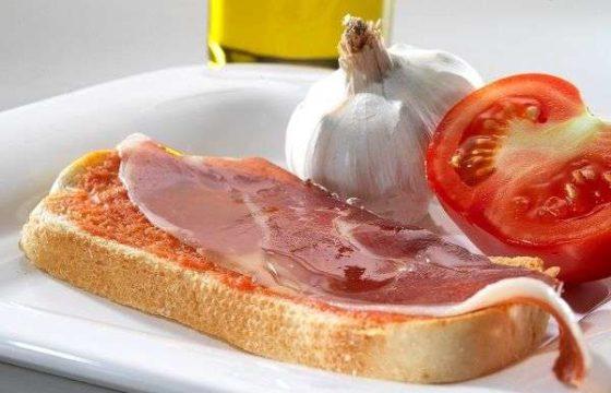 【パン・コン・トマテ】オリーブオイルで絶品!