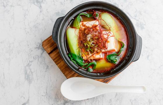 ピリ辛坦々湯豆腐